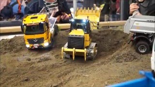 AWESOME ScaleART CAT 963 D! RC ACTION Track Loader Intermodellbau 2016 Dortmund