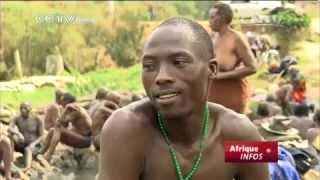 """Ouganda: les """"miraculeuses"""" sources d'eau chaude de Kitagata"""