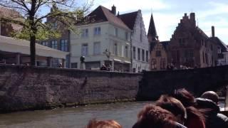 世界遺産ベルギーの水の都ブルージュ歴史地区を運河巡りで堪能
