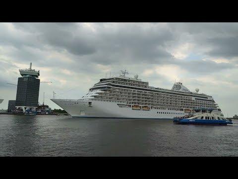 Seven Seas Explorer leaving Passenger Terminal Amsterdam / River IJ