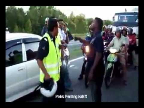 Polis marah orang awan Pukimak - Pergaduhan