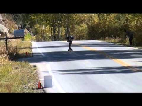 New Skateboarding World Speed Record of 130.08 km/h (80.83 mph)