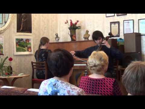 А. Айвазян «Армянская народная песня и танец». Исп. Владимир Цой и Екатерина Скальненкова
