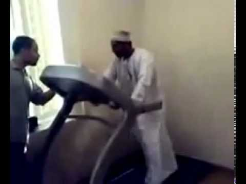 Hilarious Treadmill Runfunny Arab