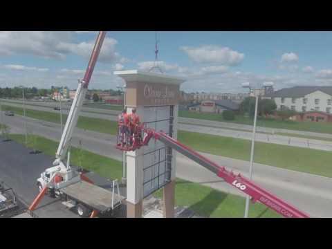 ISF Signs-pylon-sign-installation-muncie-indiana-clara-lane-center