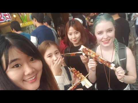 Trying Hanboks in Jeonju