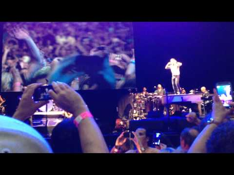 Bruce Springsteen falls down backwards after pulling his mic stand on May 1st 2014 in Tampa
