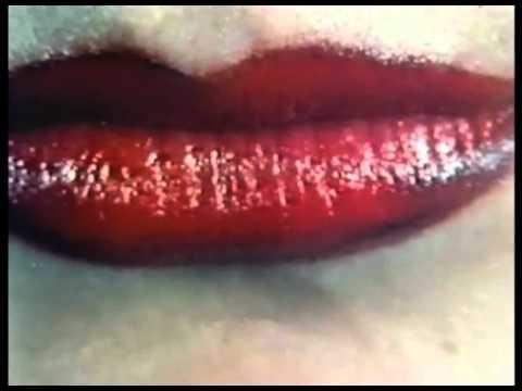 B52s: Strobe Light - Tim Riley's 1982 student video mp3