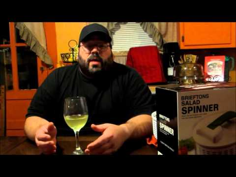 Brieftons Salad Spinner Demo & Review