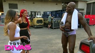 cameron tells eva marie to be more positive about her appearance total divas january 25 2015