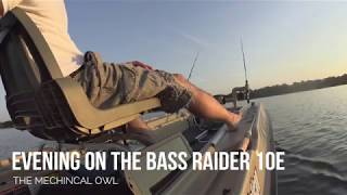 Pelican Bass Raider 10e - An Evening on The Lake