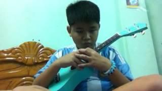 Kìa con bướm vàng (ukulele)