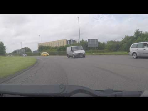 East Midlands Airport - arrival by car from the south M1