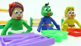 BABIES SUPERHEROES PLAY WITH PLAY DOH MOLDS - Kids Clay Cartoons Stop Motions