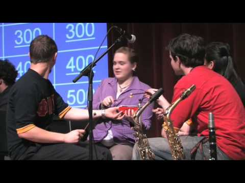 Pacific students play Musical Jeopardy