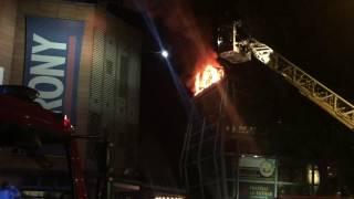 Incendio al Ristorante a Roma, Ponte Milvio. Intervengono i Vigili del Fuoco