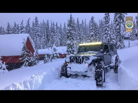 Oregon Snow Wheeling Jeep Deep Powder | Nikson Overland
