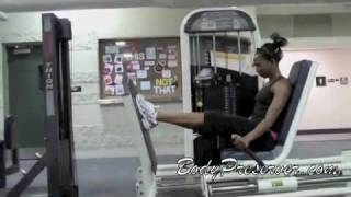 WOMEN'S WORKOUT TO BUILD MUSCLE IN YOUR LEGS