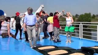 2015-05-21_Репетиция танців на т/х ''Сергій Зразків''