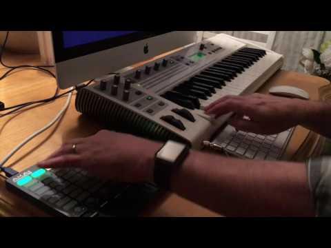 SDM Challenge #3 - One Synth - M-Audio Venom