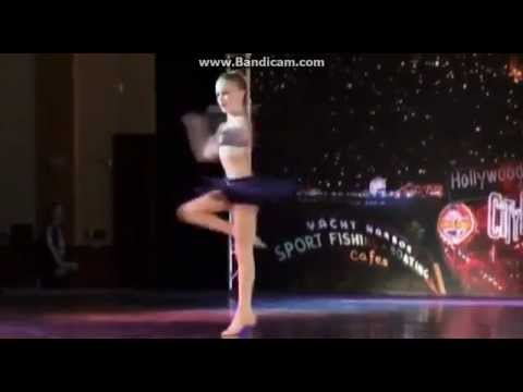 Dance Moms-Chloe's Solo-Dream On A Star