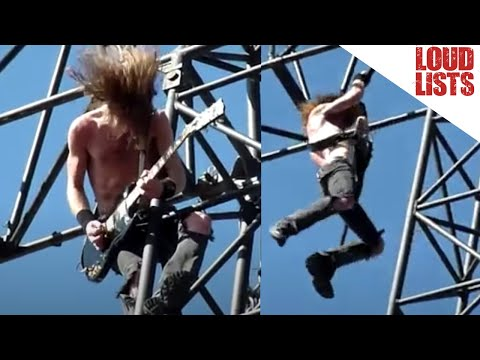 10 Insane Scaffold Climbing Moments at Concerts