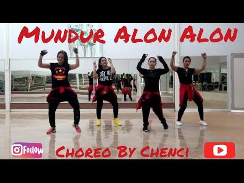 mundur-alon-alon-/music-by-akbar-in-yo-/-sangatta,kutai-timur