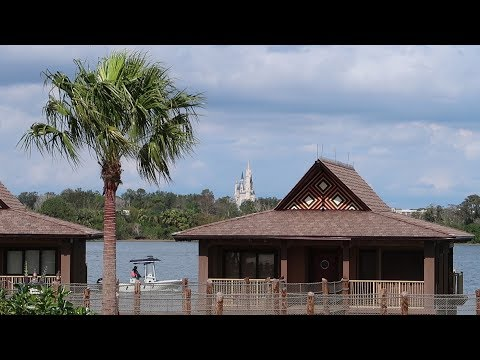 Walt Disney World Polynesian Village Resort Tour | Hotel Grounds, Pools & Food Locations