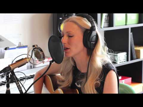 Julie Mintz - Almost Home (Moby & Damien Jurado Cover)