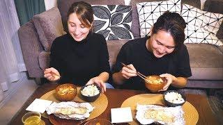 Осенняя японская кухня в тихий будний день. Сладкая картошка, лосось и японские приправы