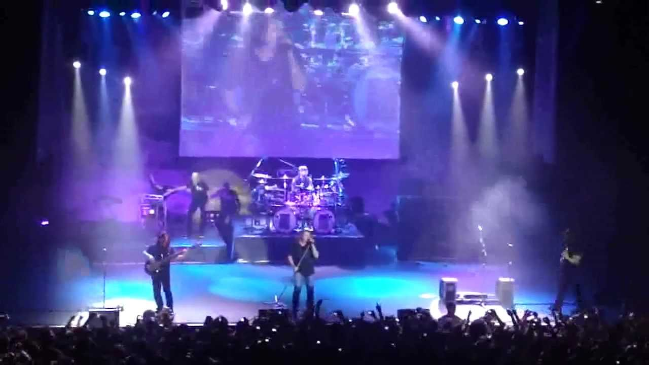 dream theater live in rio 2010 a nightmare to remember opening song youtube. Black Bedroom Furniture Sets. Home Design Ideas