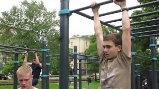 Хабаровчане по-спортивному отметили День молодежи