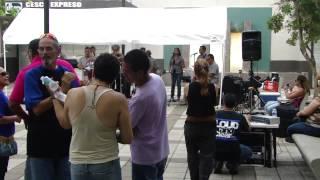 Ministerio El Buen Samaritano lleva cena a deambulantes   IEMS