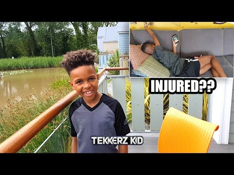 We Had to CANCEL Our Forfeit Challenge!!| Romello Fakes His Injury | Holiday House Tour!!