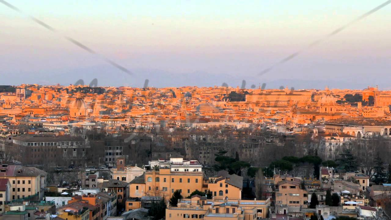Panorama of Rome at sunset. View from Passeggiata del Gianicolo ...