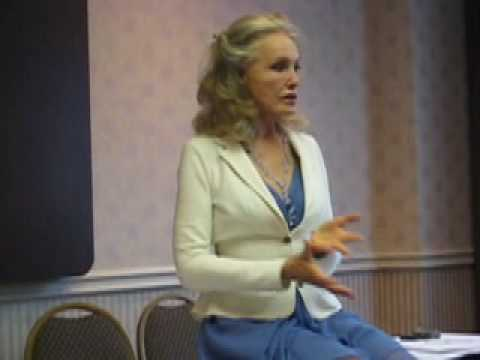 Julie Newmar - Q&A Session Excerpts, Part 1 - August 29, 2009