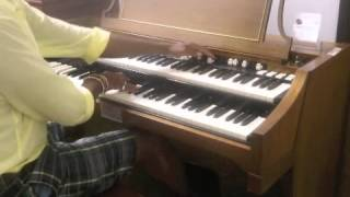 A100 Demonstration at Hammond Organ store