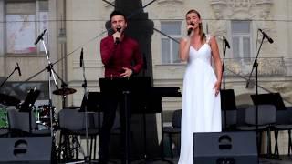 Monika Sommerová a Jakub Hübner - Chci žít tvou láskou (Zorro) - LIVE