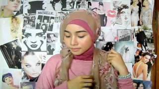 Hijab #3 Flowery chic.wmv