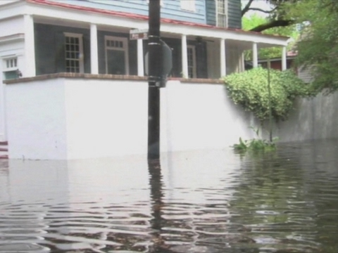 Raw: Heavy Rain Floods Charleston, SC Streets
