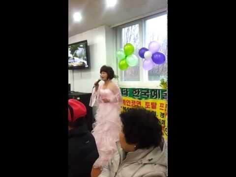 못견디게 /  섬마을 선생님 - 이옥님 13.02.01 - by 뉴스타예술단