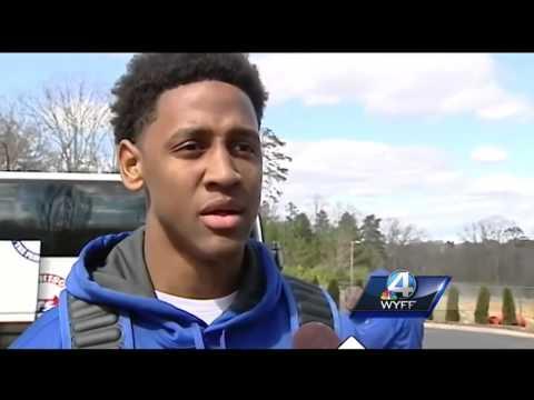 Community gives Byrnes HS basketball team 'huge' sendoff