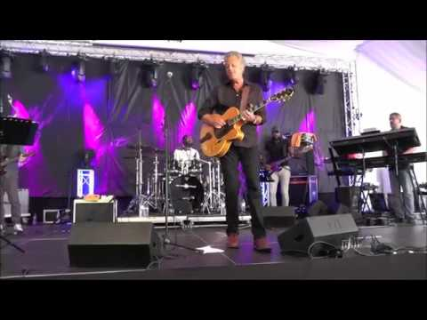Put It Where You Want - Paul Brown at 2. Algarve Smooth Jazz Festival (2017)