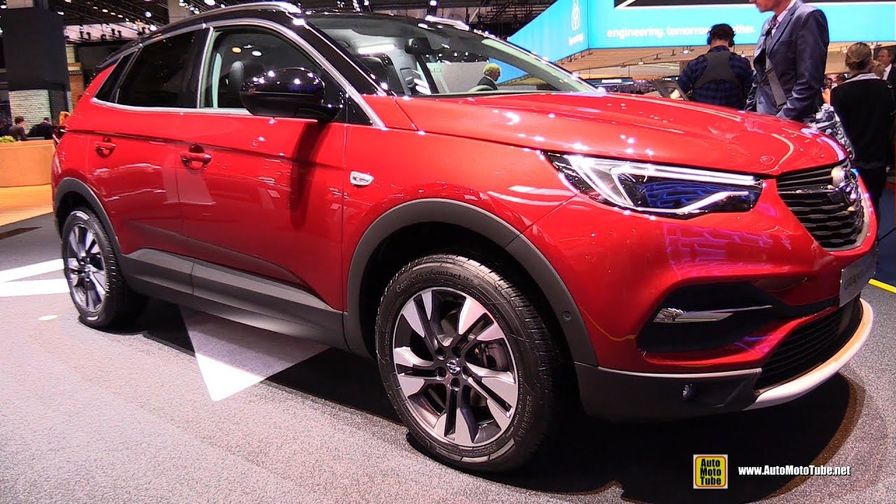 opel crossland  innovation exterior  interior walkaround  frankfurt auto show