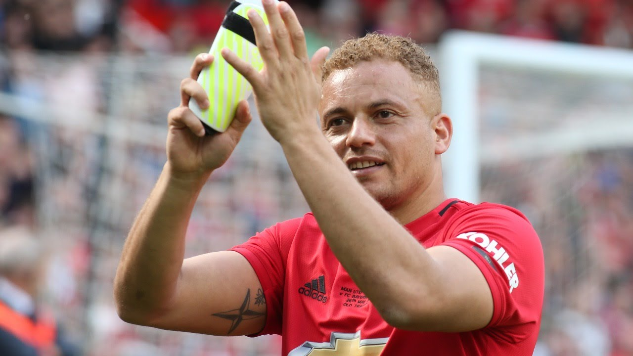Manchester United legend Wes Brown joins MUDSA exercise class