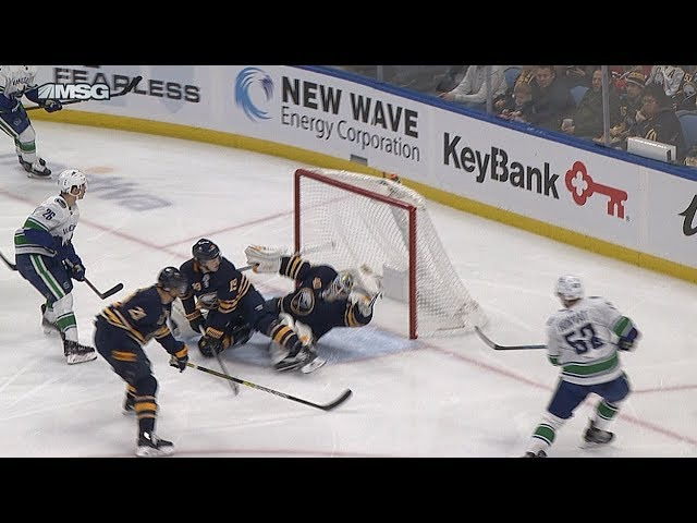 Hutton robs Horvat with amazing glove save