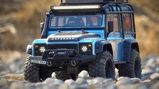 Traxxas TRX-4 Customized Landrover Defender - On a long Tour through different Terrain
