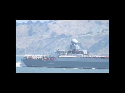 Russian Warship VARYAG docks San Francisco june 20th 2010.wmv
