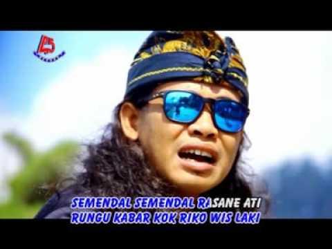 Duwe Tah Osing Demy