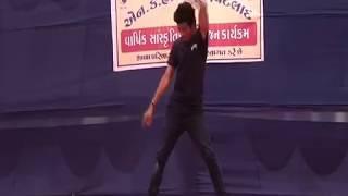 Awesome Dance on Heartless - Main Dhoond ne Ko(PETLAD)
